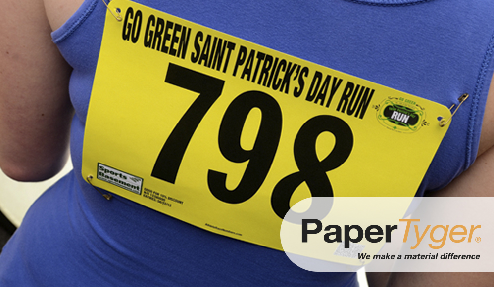 image of a runner using a yellow bib number 798